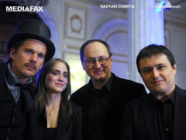 Ethan Hawke, Nae Caranfil şi Cristian Mungiu