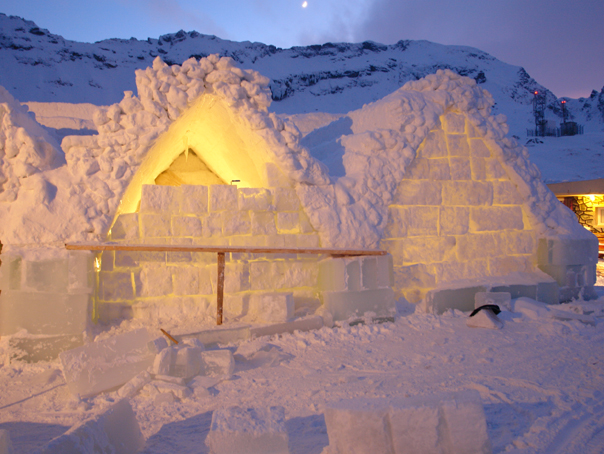 Hotelul de gheaţă de la Bâlea Lac