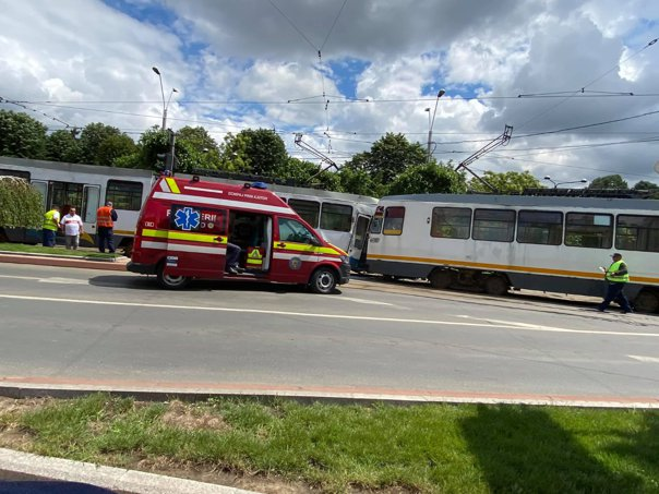 Imaginea articolului Seven people injured after two trams collided in Bucharest