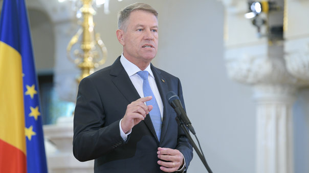 Imaginea articolului Iohannis:If we wear masks and keep the distance,many restrictions will be lifted as soon as possible
