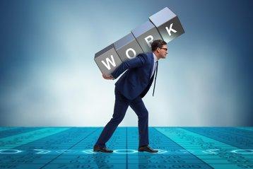 Studiu OMS: Orele îndelungate de muncă ucid sute de mii de oameni pe an