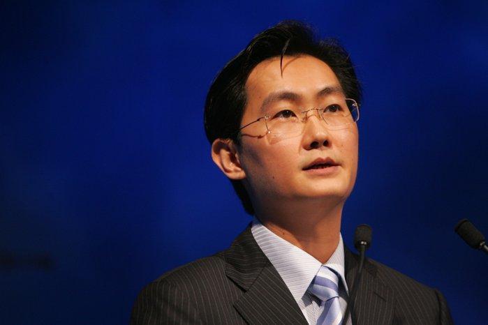 Valoarea de piaţă a gigantului chinez Tencent se prăbuşeşte cu 160 mld. dolari. Acţiunile companiei devin cele mai slab performante la nivel global