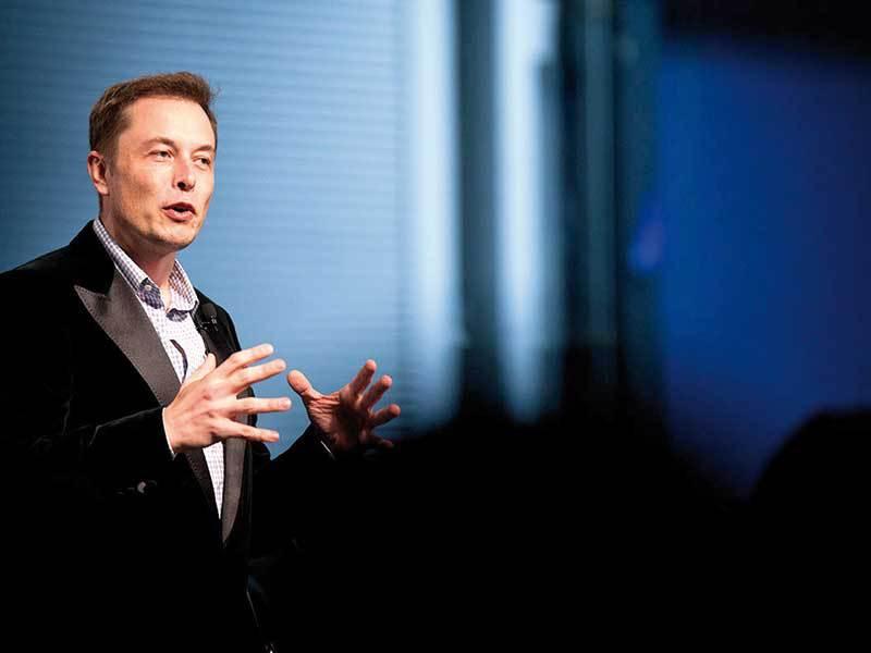"""Noua ţintă """"sălbatică"""" de producţie a Tesla va schimba traiectoria unei întregi industrii"""