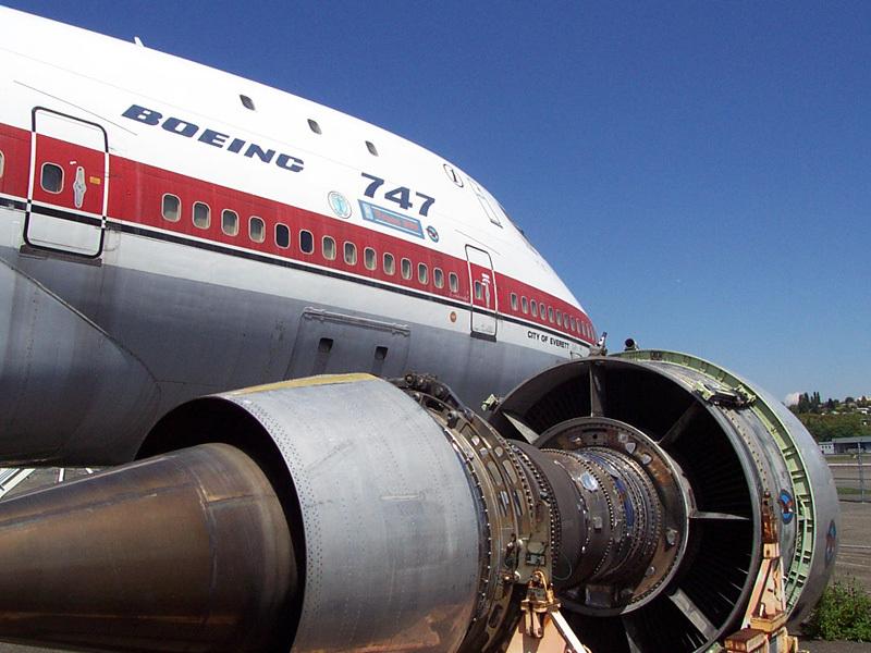 Cel mai cunoscut model de avion fabricat de Boeing este scos la pensie după aproape 50 de ani. Galerie FOTO