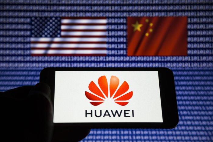 În ciuda acuzaţiilor lansate constant de administraţia Trump, Huawei a raportat o creştere a veniturilor de 13,1% în prima jumătate a anului