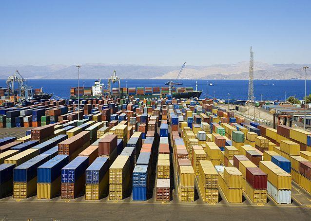 Criza containerelor: S-au triplat costurile pentru transportul de bunuri din China în Europa în doar opt săptămâni