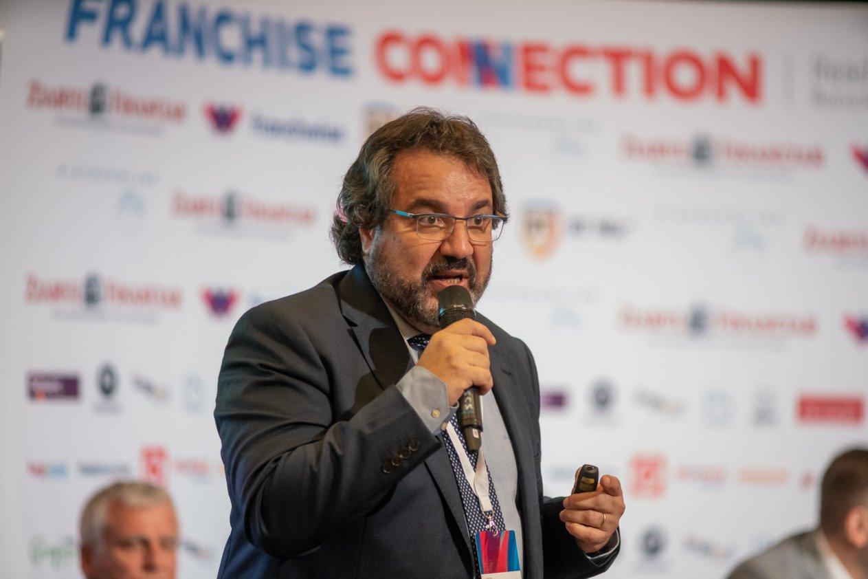 Josan Garcia CFE, consultant internaţional şi avocat Frankizia.com: Un francizat nu trebuie să acorde mai puţin de 50 de ore pe săptămână businessului deschis în sistem de franciză