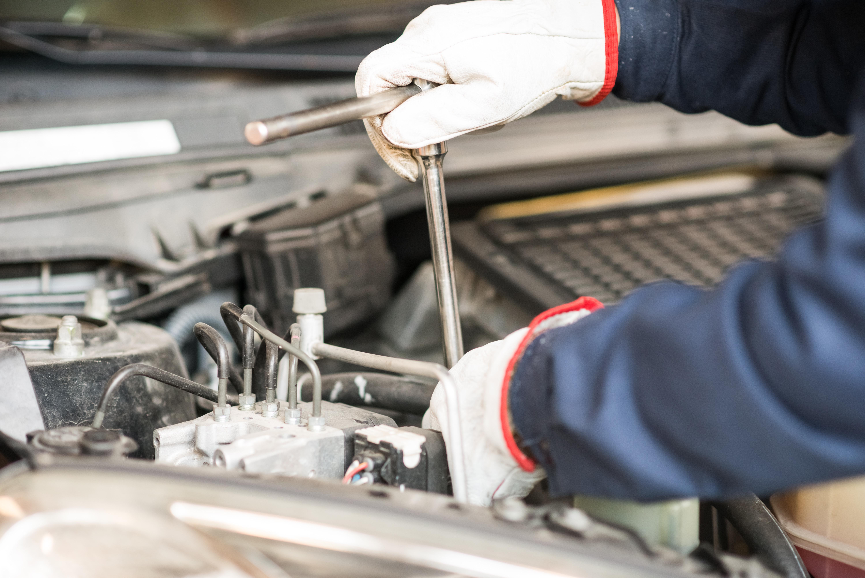 Hakim Boutéhra, directorul de vânzări de la Dacia trage un semnal de alarmă. Vânzările de maşini diesel vor scădea de la 60% din piaţă în 2017 la 20% în următorii ani