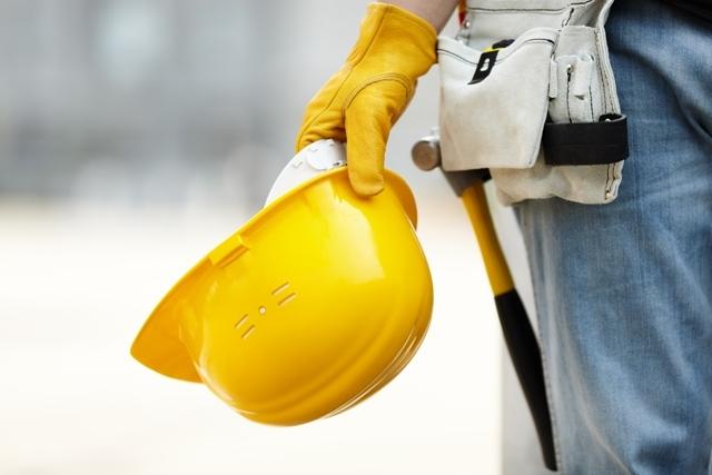ARACO: Una din şapte companii de construcţii se află în insolvenţă