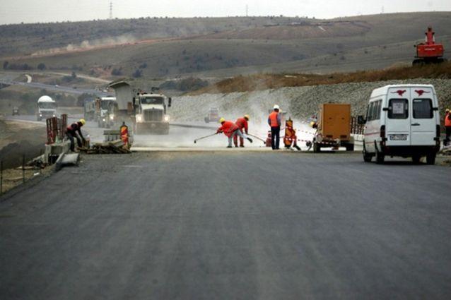Cum nu se construieşte o autostradă, în trei paşi