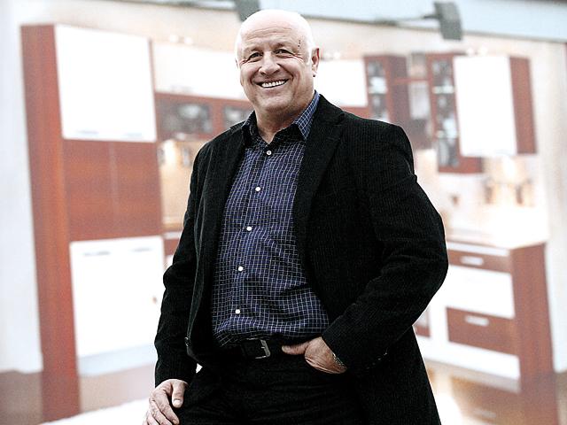 """Afacerile producătorului de mobilă Lemet Câmpina au ajuns la 70 mil. euro. """"Investiţiile au dat roade"""""""