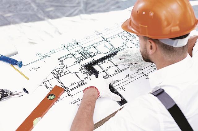 Dezvoltatorii de locuinţe au cerut autorizaţii de construire pe bandă rulantă în 2017