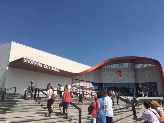 Cel mai mare proprietar de malluri din România finalizează a doua etapă de modernizare a proiectului Shopping City din Buzău. Investiţia totală este estimată la 16 mil. euro