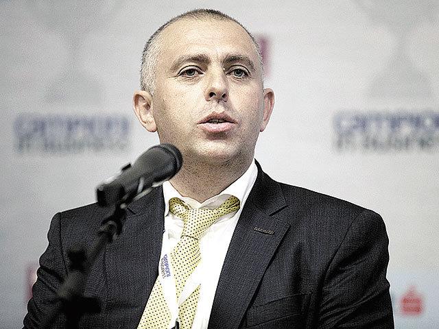 Antreprenori locali. Adrian Gârmacea, proprietarul Electric Plus Bacău / ferestrele Barrier, cu afaceri de 133 mil. lei: Pentru 2020, avem bugetată o creştere cu 20%, până la 160 mil. lei