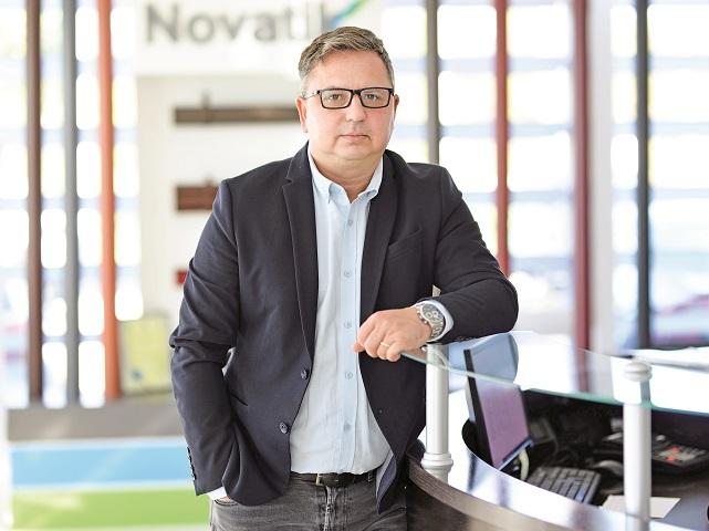 Dan Mircescu, proprietarul producătorului de acoperişuri Novatik: Preţurile materiilor prime au crescut, cererea este mare, iar capacităţile de producţie reduse. Cu siguranţă, unele companii vor fi extrem de afectate
