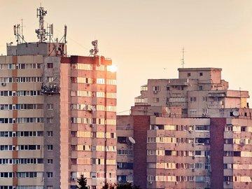 Piaţa rezidenţială e în clocot. Vânzările explodează, iar preţurile urcă de la lună la lună cu mii de euro