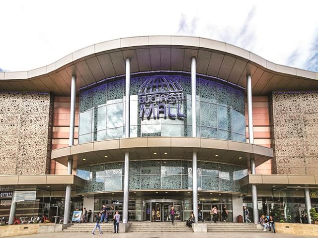 Anchor Grup, proprietarul primelor două malluri din România: Am investit în Plaza România şi Bucureşti Mall, în ultimii opt ani, peste 16 mil. euro. În septembrie 1999, Anchor Grup deschidea Bucureşti Mall, în zona Vitan, un proiect de 40.000 de metri pătraţi