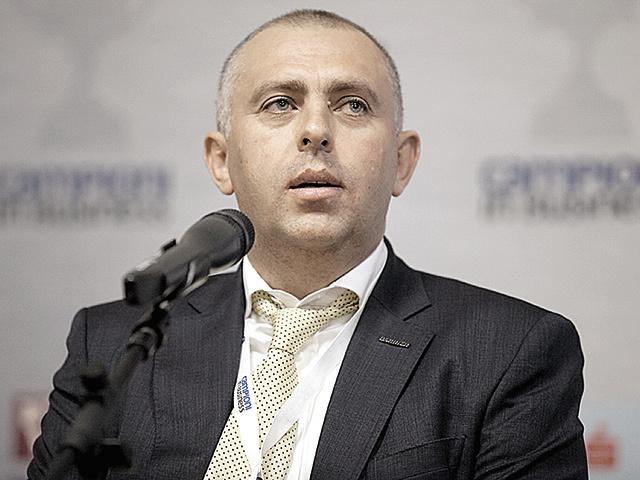 Antreprenori locali. Adrian Gârmacea, proprietarul ferestrelor Barrier: Deschidem opt francize în 2021, dintre care patru sunt în lucru