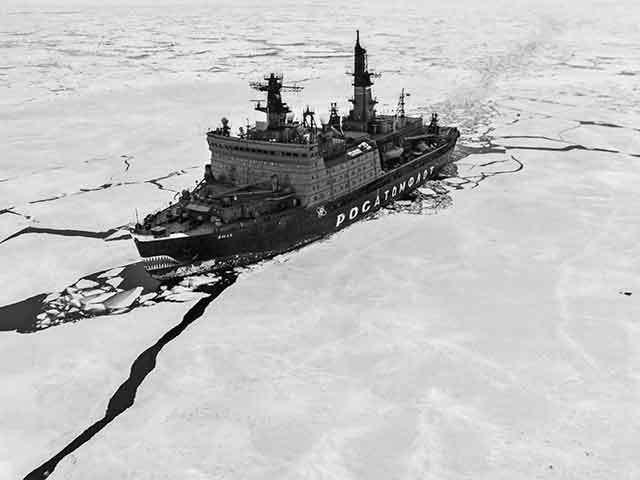 Dincolo de coronavirus, se dau şi alte lupte. Imensele bogăţii din Arctica, noul tărâm de luptă al marilor puteri ale lumii: Uniunea Europeană şi SUA încearcă să contracareze creşterea influenţei Rusiei şi Chinei într-o zonă bogată în petrol, gaze naturale şi resurse minerale, dar şi de o importanţă militară strategică