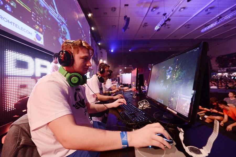 Dezvoltatorul local de jocuri pentru PC-uri Amber Studio îşi extinde activitatea prin două noi companii