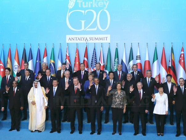 Summitul G20: europenii vor introducerea taxei digitale