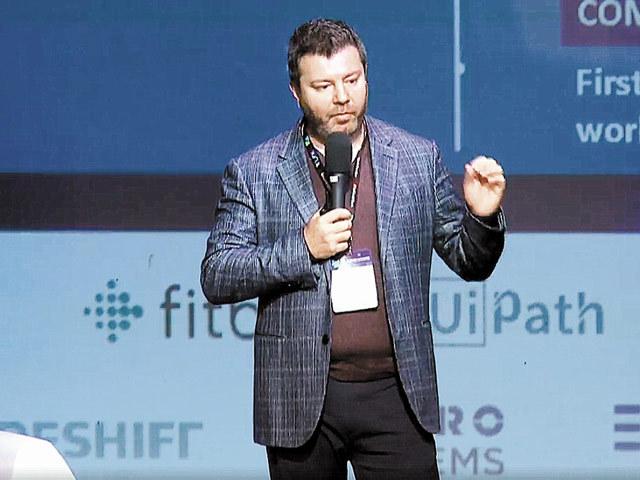 Daniel Dines, şeful UiPath, cel mai valoros start-up românesc: Ţintim venituri anualizate de 170 mil. $ în trim. IV din 2018, triple faţă de începutul anului
