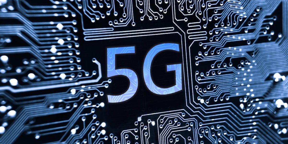 Estimare: Finanţele vor cere cel puţin 900 mil. euro de la operatorii de telefonie mobilă la licitaţia 5G din 2019 dacă licenţele vor fi valabile 15 ani. Taxa de 3% pe cifra de afaceri, fără impact real, dacă nu apar şi alte schimbări legislative