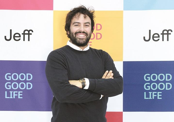 """Jeff, un start-up tech spaniol, atacă piaţa locală cu spălătorii de rufe în franciză accesate din aplicaţia mobilă dedicată: investiţia iniţială pentru un francizat porneşte de la 111.000 lei. """"Estimăm un venit total per spălătorie de aproximativ 34.500 lei în primul an de funcţionare."""""""