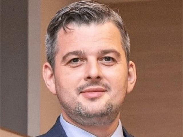 Retailerul de mobilă şi decoraţiuni SomProduct: Magazinul online va genera 15 milioane euro anul acesta, 90% din business