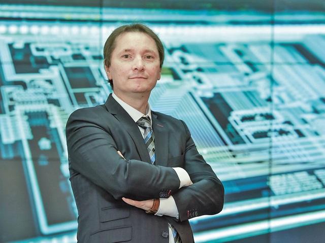 Exclusiv ZF Tech Day, Dan Cîmpean, CERT-RO. Care este adevăratul câştig al faptului că la Bucureşti va fi Centrul European de Securitate Cibernetică: toate marile companii de securitate cibernetică ale lumii îşi vor deschide birouri în Capitală. Agenţia UE va derula investiţii de 4,5 mld. euro în următorii 7 ani