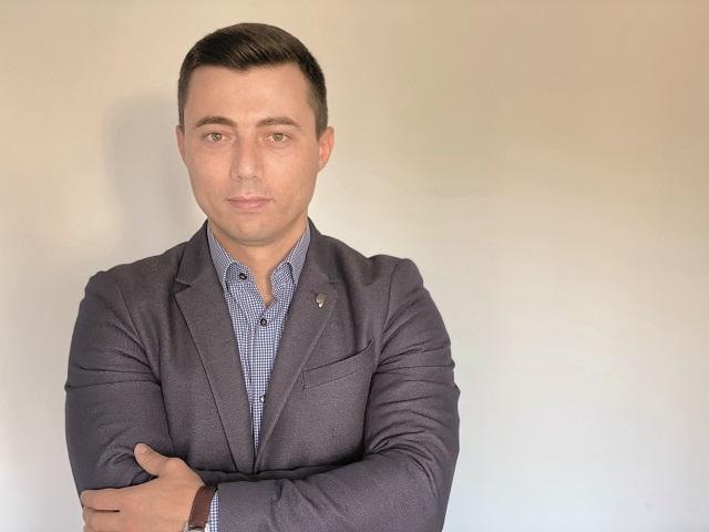 """Brazilienii de la VTEX vor investi 3 mil. dolari anul acesta în România: Investiţiile vor merge către sprijinirea clienţilor locali şi pentru extinderea echipei. """"Ne axăm foarte mult pe piaţa din România în acest moment, pentru că aici avem un avantaj uriaş versus competitorii noştri şi potenţial de a deveni rapid lider de piaţă."""""""