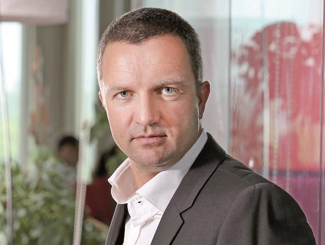ZF TECH DAY. Tiberiu Dobre, head of IM Division Samsung Electronics România şi Bulgaria: Am distribuit 2 milioane de smartphone-uri anul trecut în România, am păstrat fotoliul de lider al pieţei cu o cotă de piaţă de peste 50%
