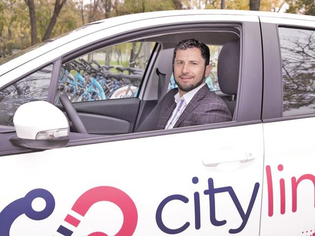ZF IT Generation. Start-up update. Platforma de mobilitate urbană CityLink intră cu maşini şi în Braşov şi lansează şi un sistem de francize, pentru a accelera expansiunea