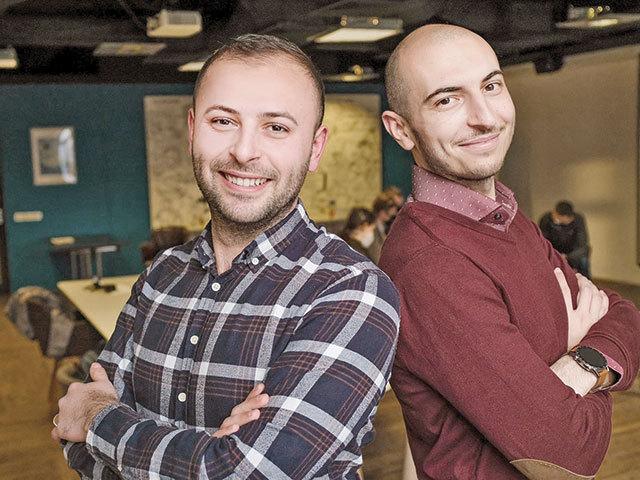 ZF IT Generation. Start-up Update. Ionuţ Miftode şi Alex Caplea, fondatori  Vehicool: Vrem să devenim o aplicaţie de îngrijire completă a maşinii, nu  doar aici în România, ci şi în Europa În