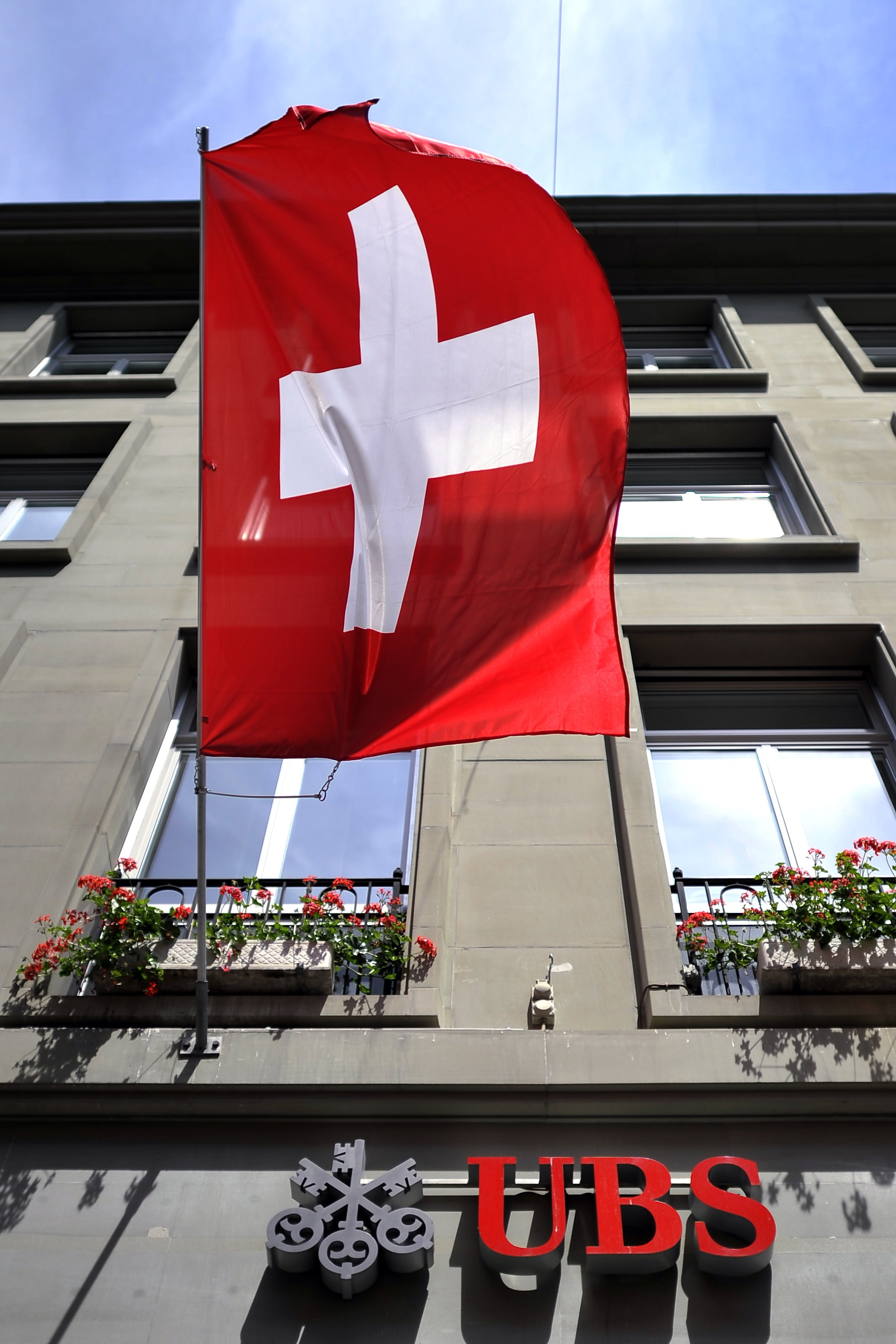 Economia Elveţiei a stagnat surprinzător în trimestrul doi din cauza turbulenţelor economice din zona euro