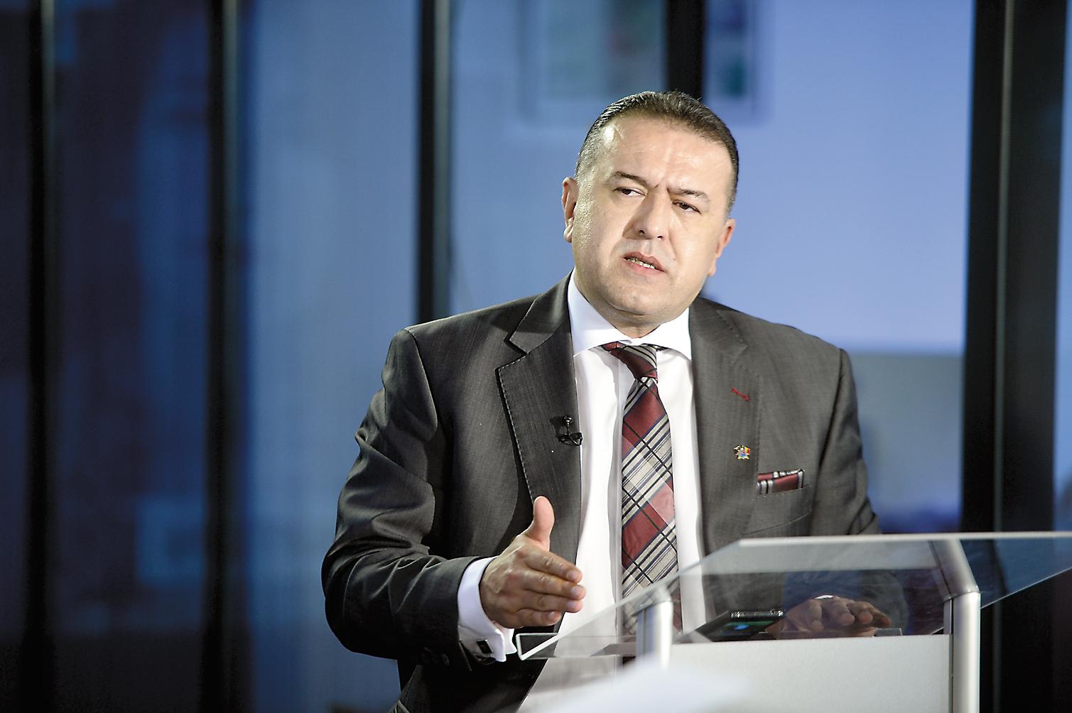 """Camera de Comerţ şi Industrie atacă propunerile Finanţelor: """"Măsurile de supraimpozitare anunţate de guvern se constituie într-o lovitură gravă la adresa stabilităţii economice a României, cu efecte puternic negative asupra companiilor"""""""
