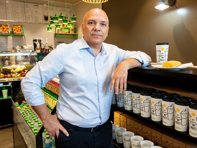George Makridis, CEO Green Break SRL, Gregory`s România: Anul acesta am deschis locaţia din Pipera iar până la finalul anului deschidem în Unirii şi pe Lipscani. Vrem să deschidem şi în alte oraşe