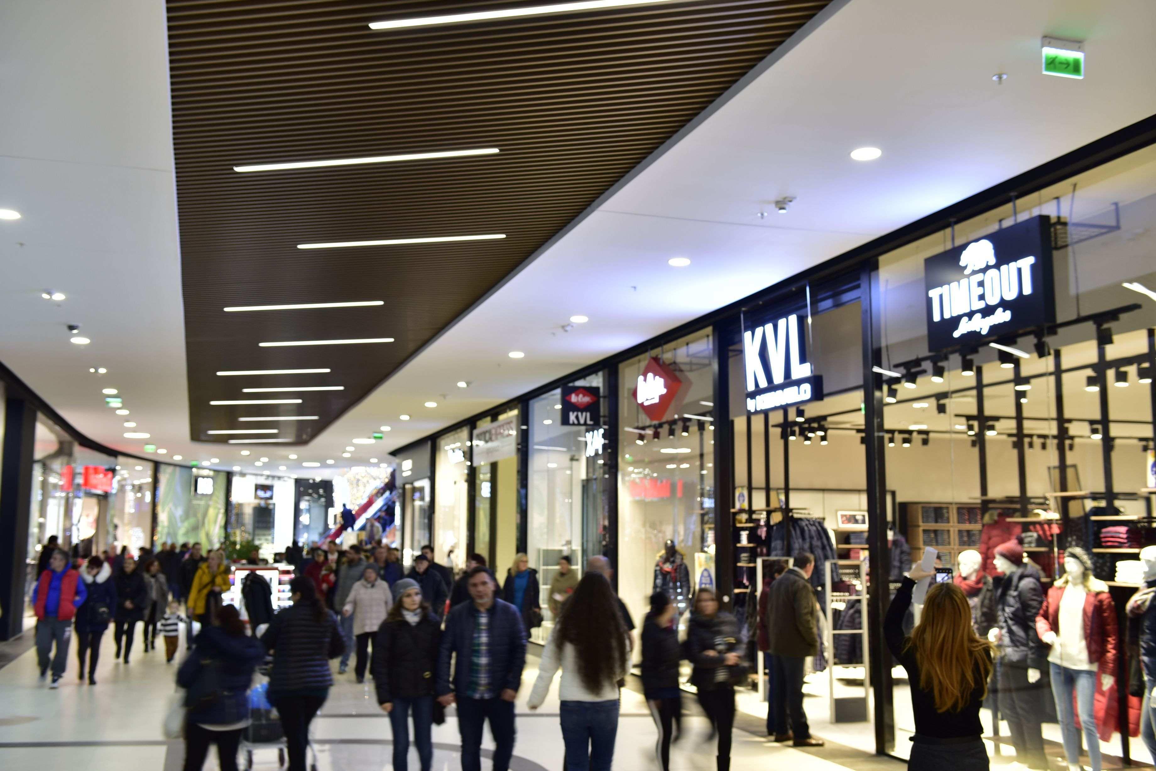 Fondul de investiţii NEPI a pariat 40 mil. de euro pe un centru comercial în Satu Mare, în care francezii de la Carrefour au închiriat 7.500 mp
