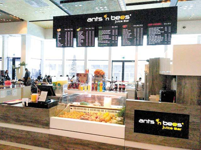 Ants n bees, un producător de sucuri naturale din Iaşi, face 500.000 euro cu trei unităţi în mallurile Palas şi Iulius Mall