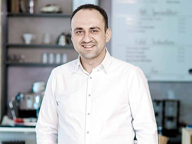 Ion Codreanu, master francizat al brandului de ciocolată belgiană Leonidas: Vizăm deschiderea de noi magazine în franciză în Braşov, Oradea şi Sibiu