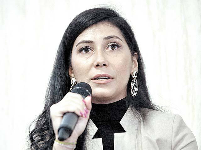 Antreprenori locali. Oana Stan a ajuns cu brandul de cosmetice Techir la afaceri de 145.000 euro, produsele fiind realizate într-o fabrică din România cu nouă angajaţi
