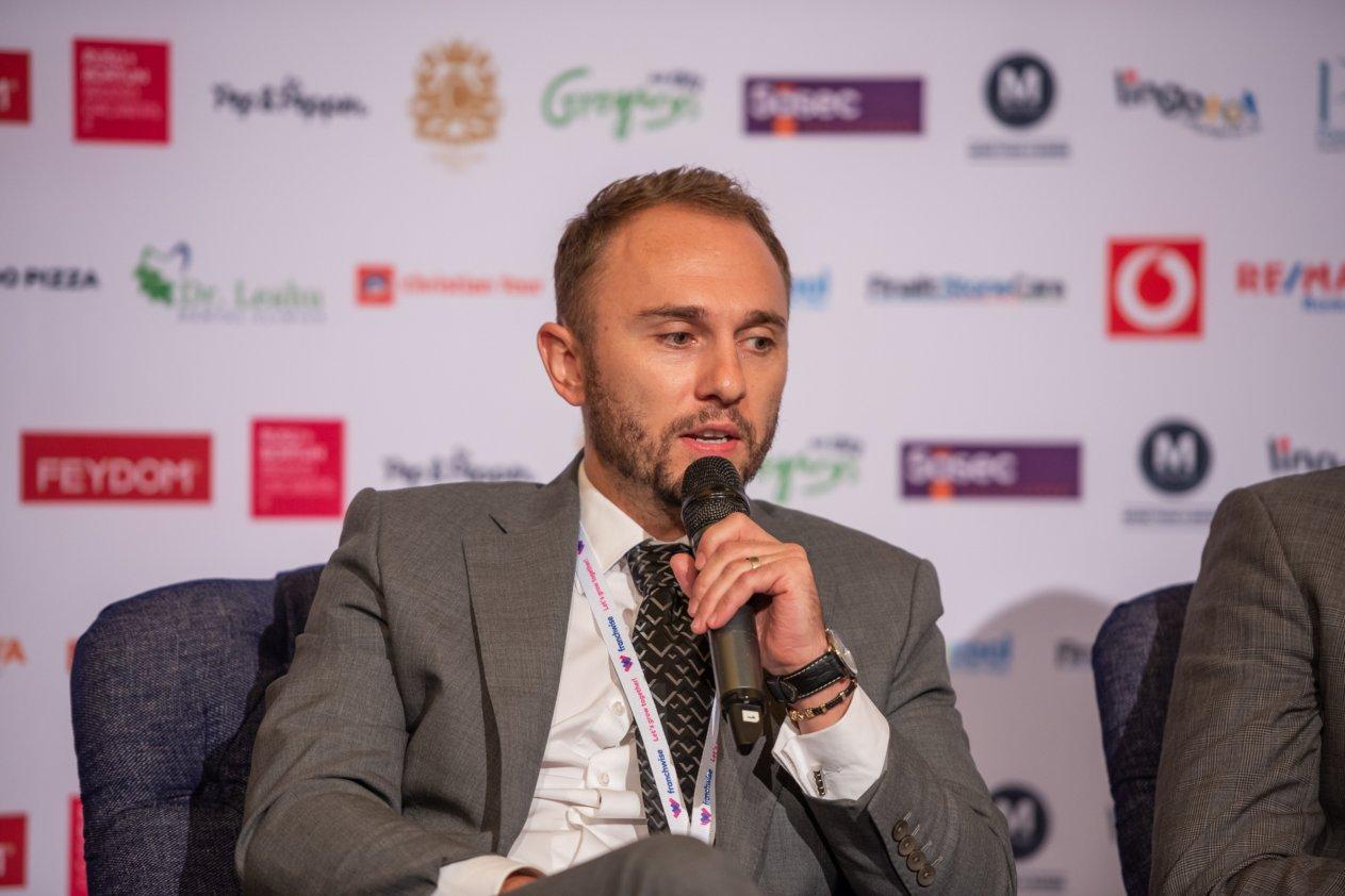 Radu Lupaş, co-fondator Saladbox: Când extinzi businessul în sistem de franciză trebuie să fii atent la locaţiile alese. Capitalul trimis de compania mamă în străinătate este mare
