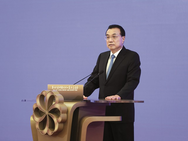 Comerţul Chinei a revenit la viaţă, semn că fabrica planetei şi motorul de creştere al economiei mondiale au reînceput să funcţioneze