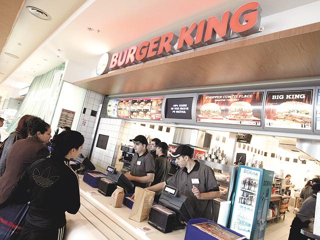 Relaxarea restricţiilor aduce noi restaurante:  Grupul polonez AmRest deschide un Burger King în Promanda Mall Bucureşti