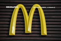 Începe să se contureze impactul pandemiei asupra industriei restaurantelor. Afacerile McDonald's România, liderul pieţei, au scăzut cu 8% în 2020, până la puţin sub 180 milioane de euro