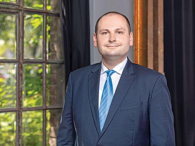 Petru Andronic, country manager Sportisimo România: Observăm o evoluţie foarte bună a magazinelor deja deschise, aşadar avem în plan ca în 5 ani să ne dublăm reţeaua. Retailerul ceh de echipamente sportive are deja 35 de unităţi pe plan local
