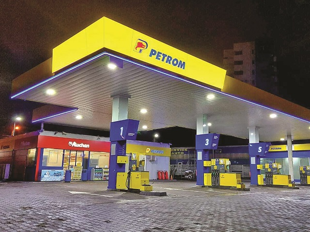 Tiberiu Dăneţiu, Auchan: În primele şase luni ale acestui an, 35 de magazine MyAuchan au fost deschise în benzinăriile Petrom din zece judeţe. Ţinta e de 100 de unităţi anual