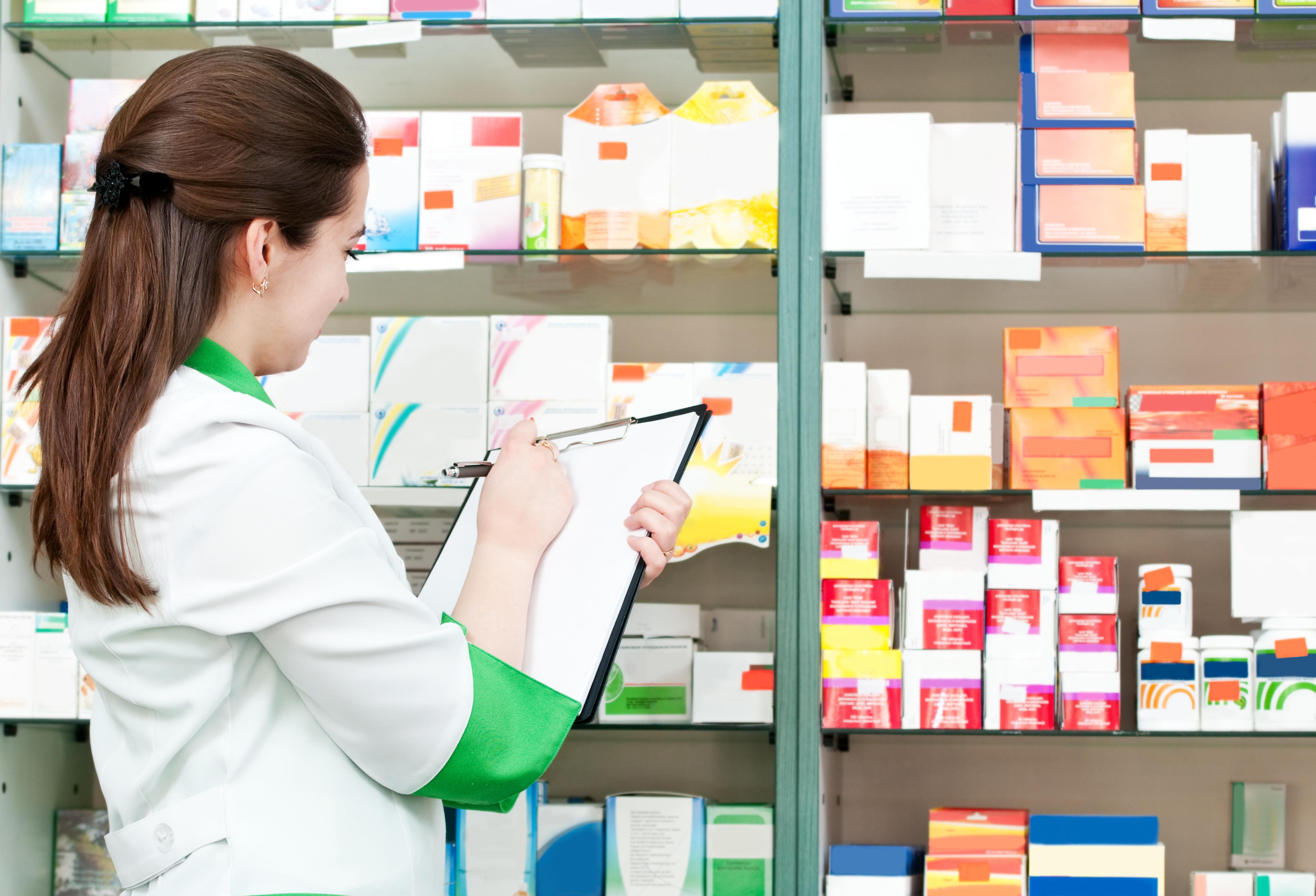 Distribuitorii de medicamente: Un sfert din farmacii sunt în stare de insolvenţă declarată sau nedeclarată