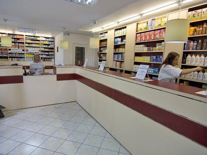 Farmacia Apoteca din Bucureşti a ajuns la 13 mil. lei în 2019 cu trei unităţi, un avans de 12%