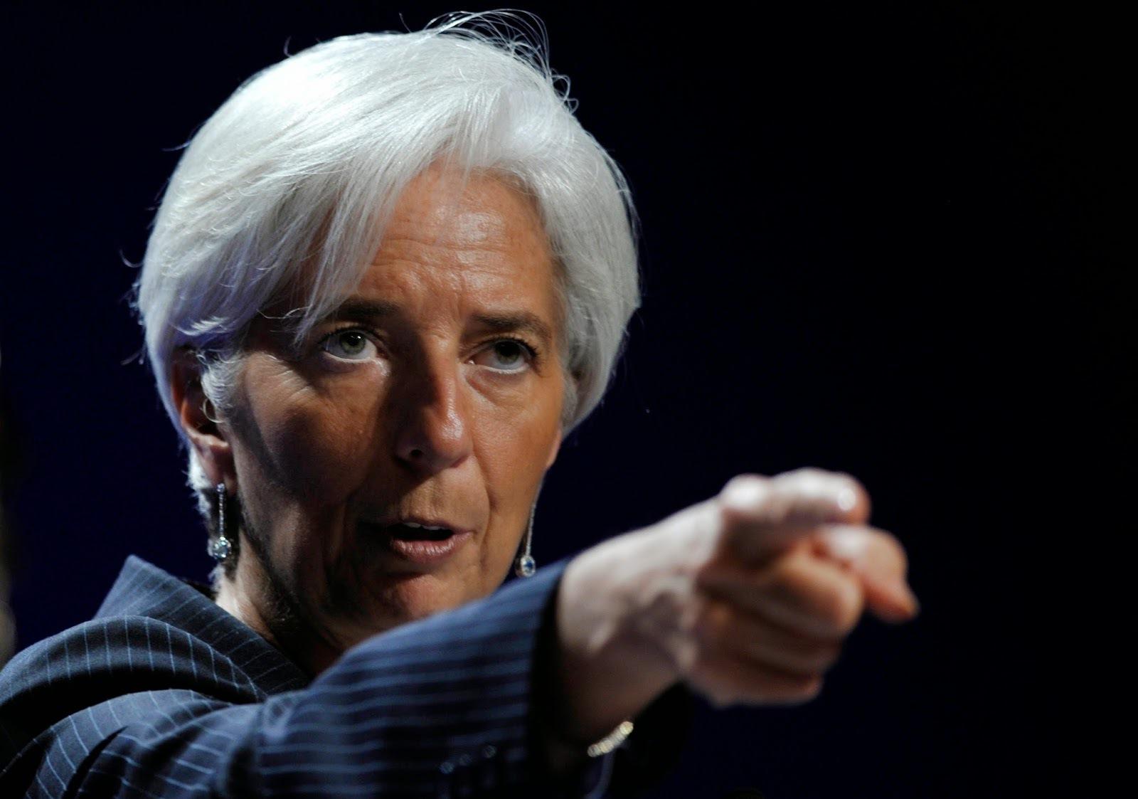 FMI nu se doarme nici de sărbători: Disputa comercială dintre SUA şi China afectează Asia, reduce previziunile de creştere globală